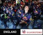 Red Bull mechanics, Silverstone, 2013