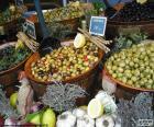 Olives in bulk