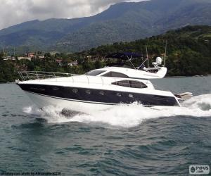 Recreational yacht puzzle