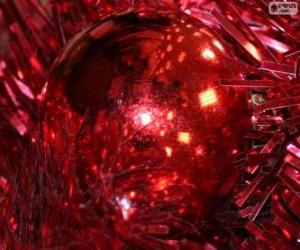 Red Christmas ball puzzle
