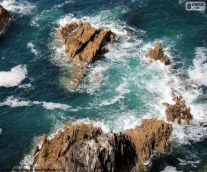 Rocks in the sea puzzle