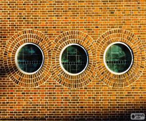 Round windows puzzle