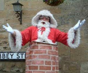 Santa Claus with problems to go through the chimney puzzle