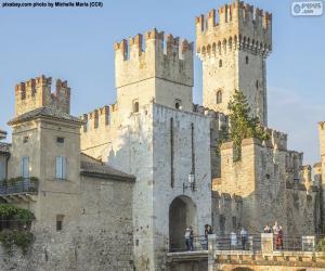 Scaligero Castle, Italy puzzle