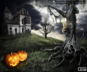 Scary haunted house puzzle