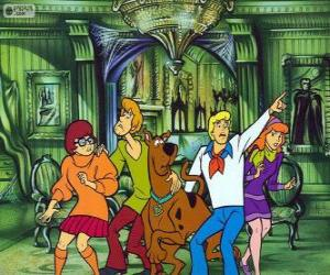 Scooby Doo and its gang of friends are afraid puzzle