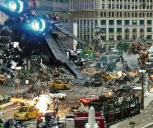 Several Transformers fight in the city puzzle