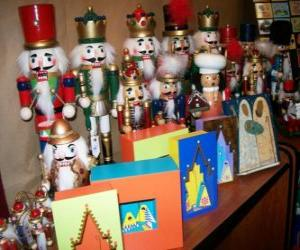 Soldier-shaped nutcracker as a Christmas decoration puzzle