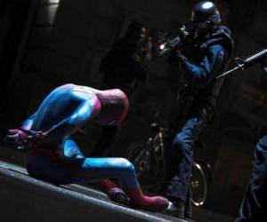Spider-Man captured by the police puzzle
