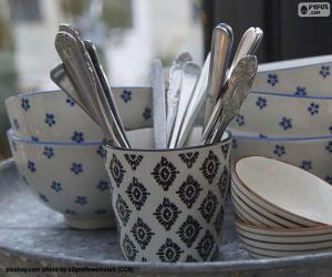 Tableware and cutlery puzzle