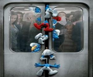 The Smurfs are caught in subway doors - The Smurfs Movie - puzzle