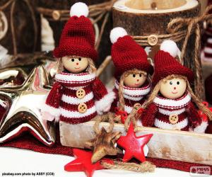 Three Christmas dolls puzzle