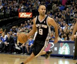 Tony Parker playing a basketball game puzzle
