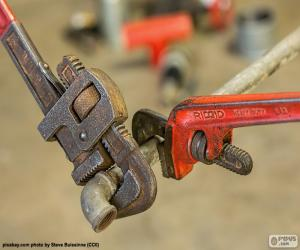 Two pipe wrench puzzle