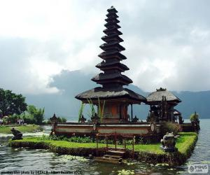 Ulun Danu Batur Temple puzzle