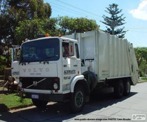 White garbage truck puzzle