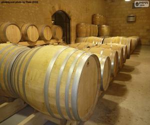 Wine barrels puzzle